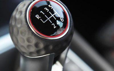 6 cosas a evitar con transmisión manual